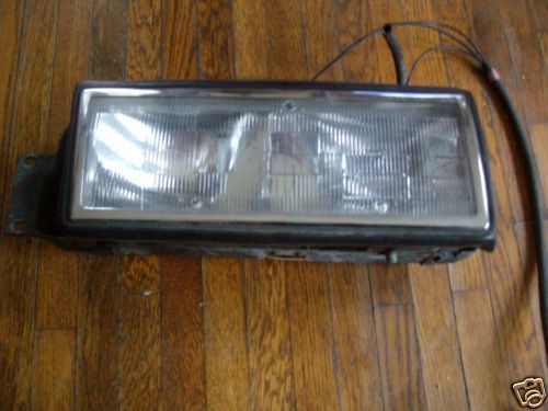 1990 1989 DEVILLE RIGHT HEADLIGHT OEM USED ORIGINAL CADILLAC GM PART FLEETWOOD