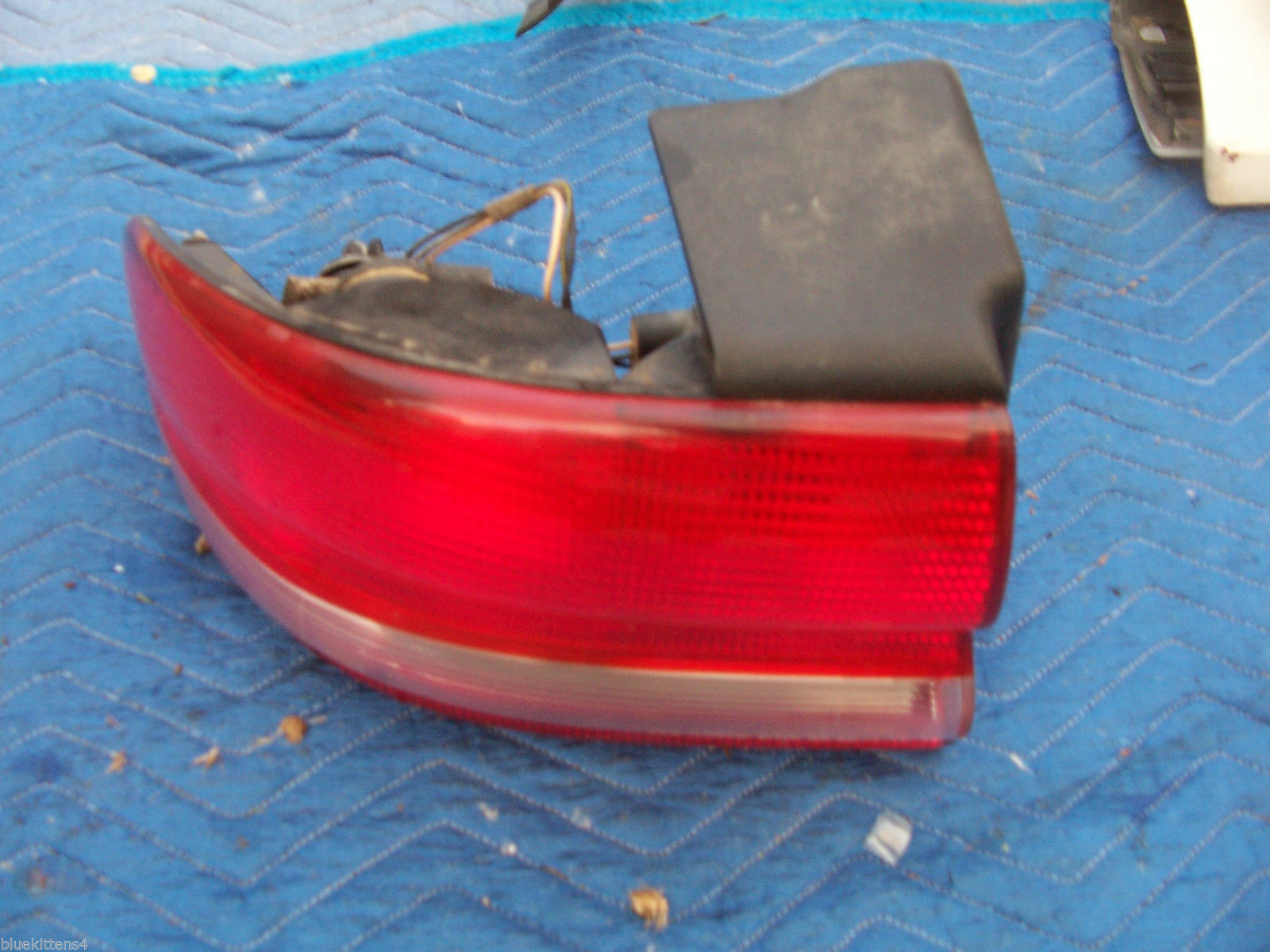 1993 1994 1995 1996 CONCORDE LEFT TAILLIGHT OEM USED ORIG CHRYSLER PART