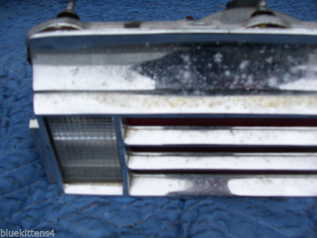 1974 BUICK RIVIERA RIGHT TAILLIGHT W GRILL OEM USED ORIGINAL GM PART image 3