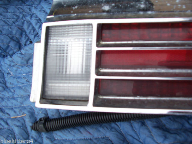 1974 BUICK RIVIERA RIGHT TAILLIGHT W GRILL OEM USED ORIGINAL GM PART image 6