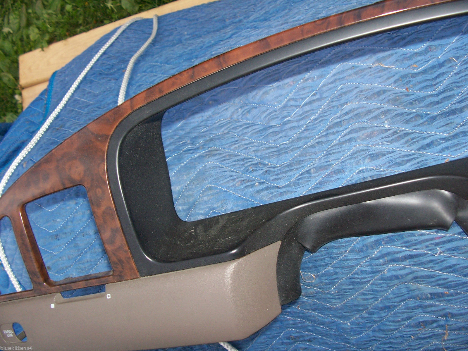 2000 2001 2002 CONTINENTAL SPEEDOMETER DASH TRIM BEZEL OEM USED ORIG LINCOLN image 4
