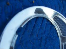 1982 JAGUAR RIGHT HEADLIGHT TRIM BEZEL GRILL FENDER RING OEM USED 1980 1981 1983 image 3