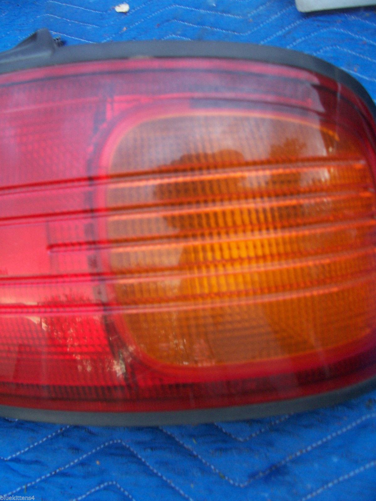 1992 1993 1994 PROTEGE RIGHT TAILLIGHT BRAKE TURN LIGHT OEM USED ORIGINAL MAZDA image 4
