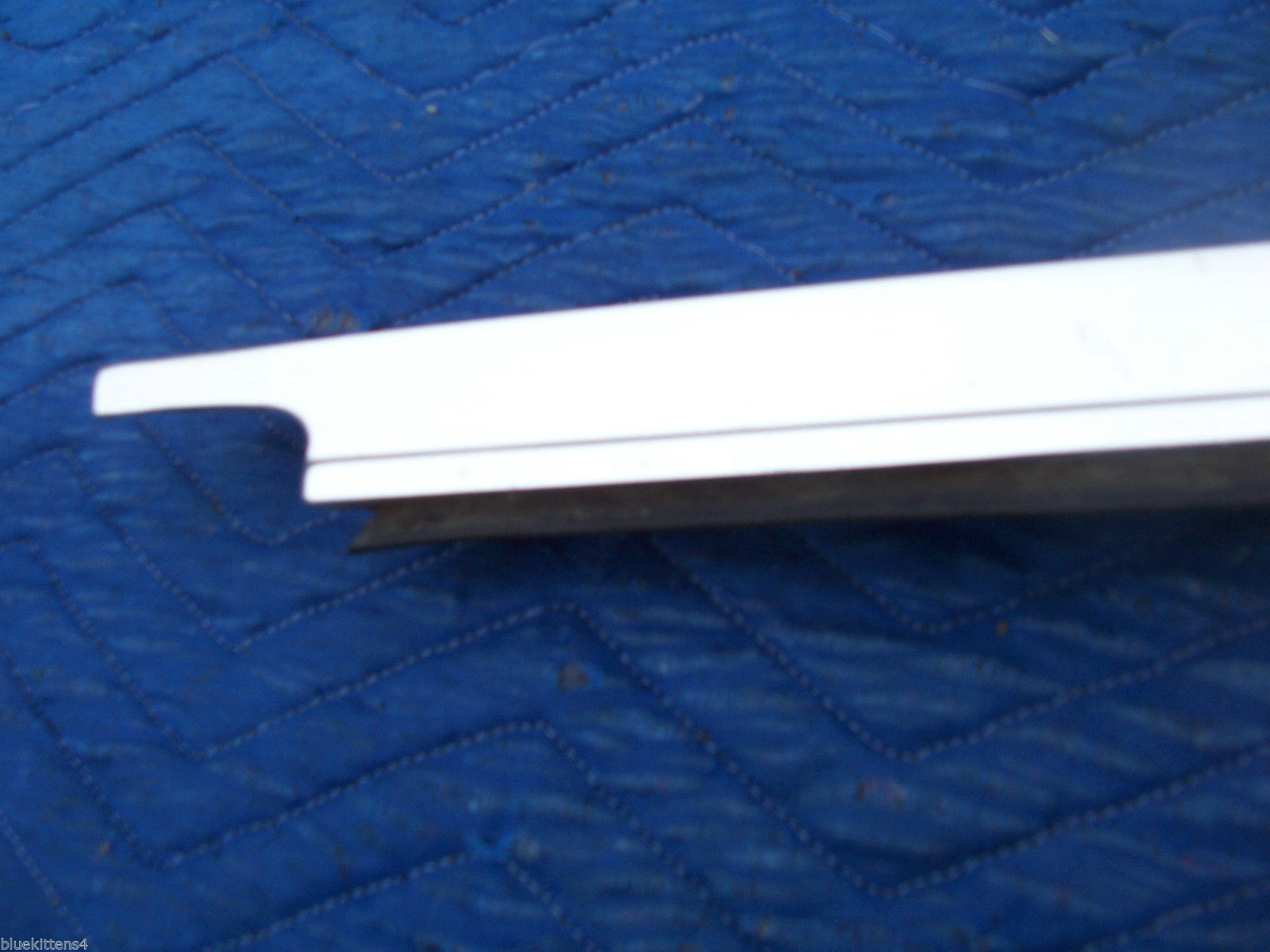 1978 1979  CONTINENTAL TOWNCAR RIGHT REAR DOOR WINDOW TRIM MOLDING OEM USED image 2