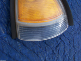 1998 1999 BONNEVILLE RIGHT CORNER MARKER SIGNAL LIGHT OEM USED ORIG PONTIAC GM image 3