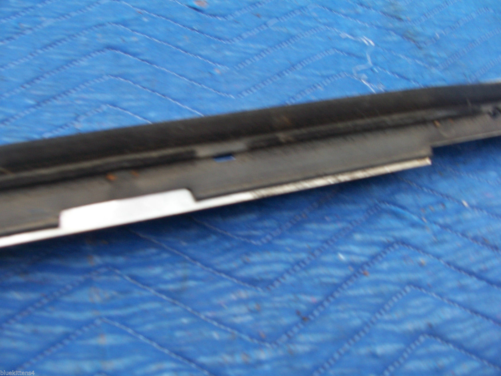 1978 1979  CONTINENTAL TOWNCAR RIGHT REAR DOOR WINDOW TRIM MOLDING OEM USED image 9