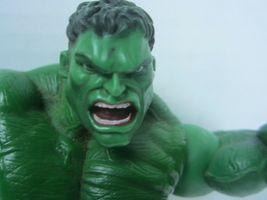 "2003 Hulk the Movie Action Figure Universal Marvel Throwing Smash Arms 8"" image 5"