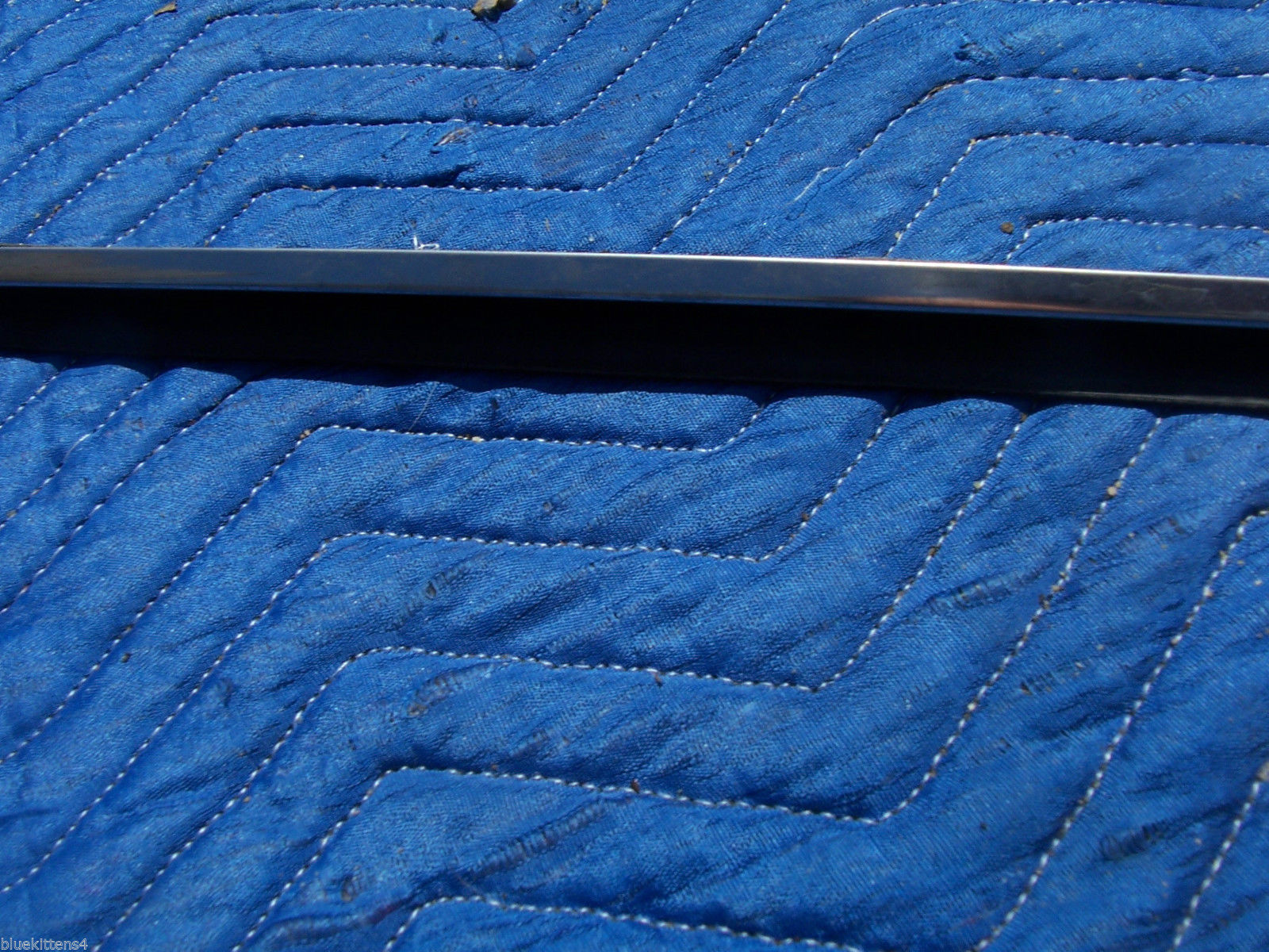 1979 COUPE DEVILLE RIGHT DOOR PANEL INSIDE WINDOW TRIM OEM USED GM CADILLAC PART image 4