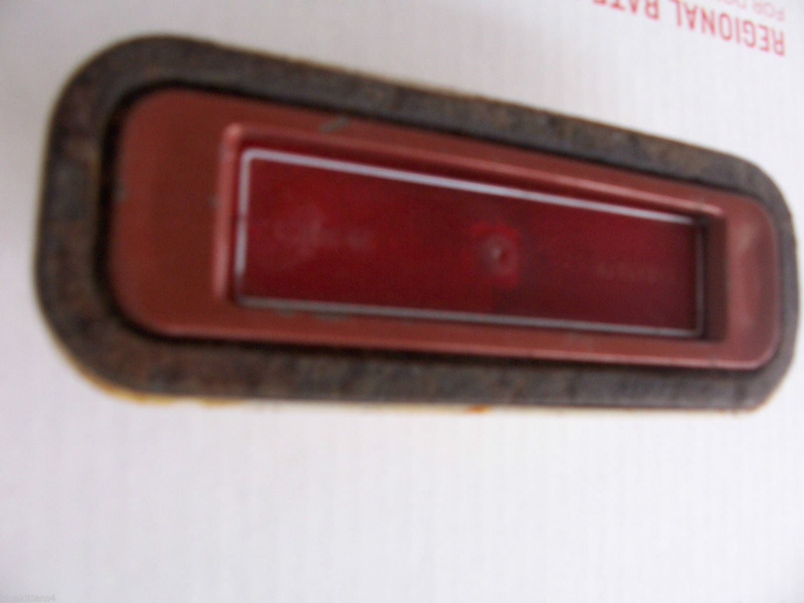 1974 BUICK RIVIERA RIGHT SIDE MARKER CLEARANCE LIGHT OEM USED ORIGINAL GM PART image 2