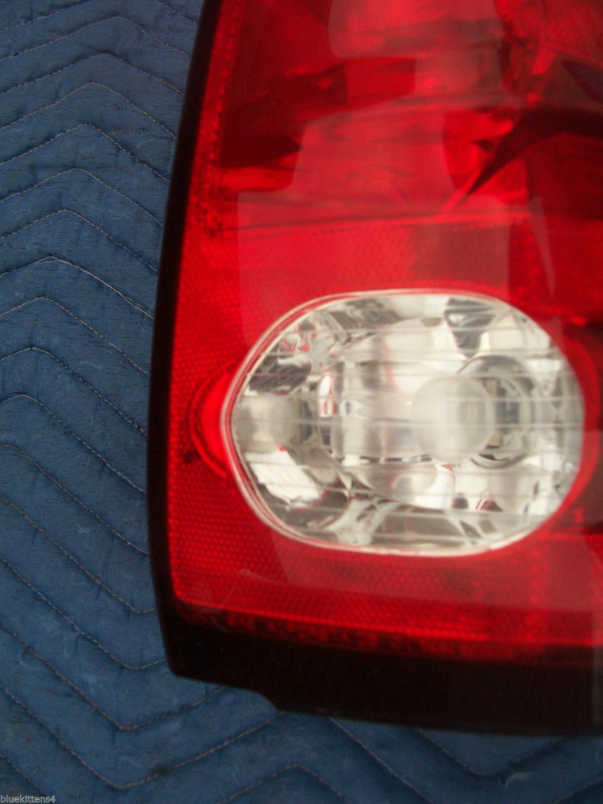 2001 AZTEC RIGHT TAILLIGHT OEM USED ORIGINAL PONTIAC GM PART 2002 2003 2004 2005 image 2