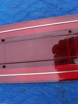 1978 CONTINENTAL TOWNCAR TAILLIGHT PANEL LEFT LENS OEM USED EDGE CRACK 1977 1979 image 8