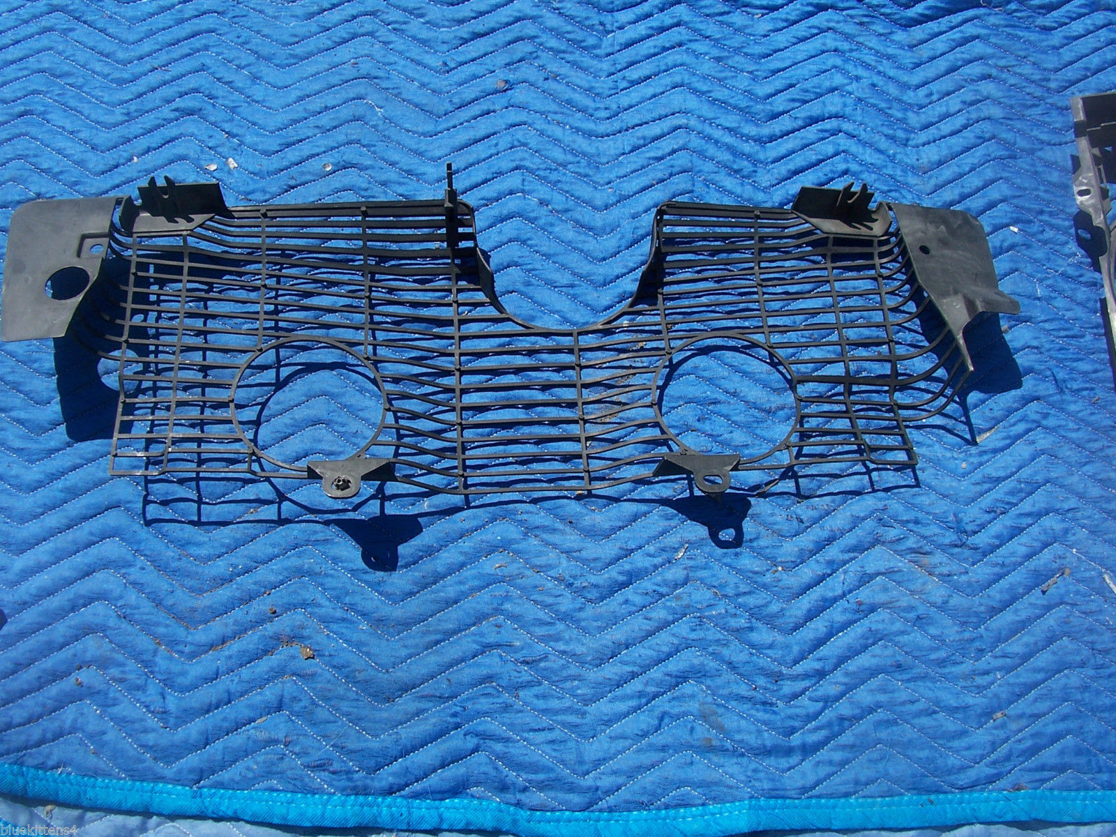 1993 400 SEL CONDENSER RADIATOR COOLING FAN SCREEN COVER OEM USED MERCEDES BENZ