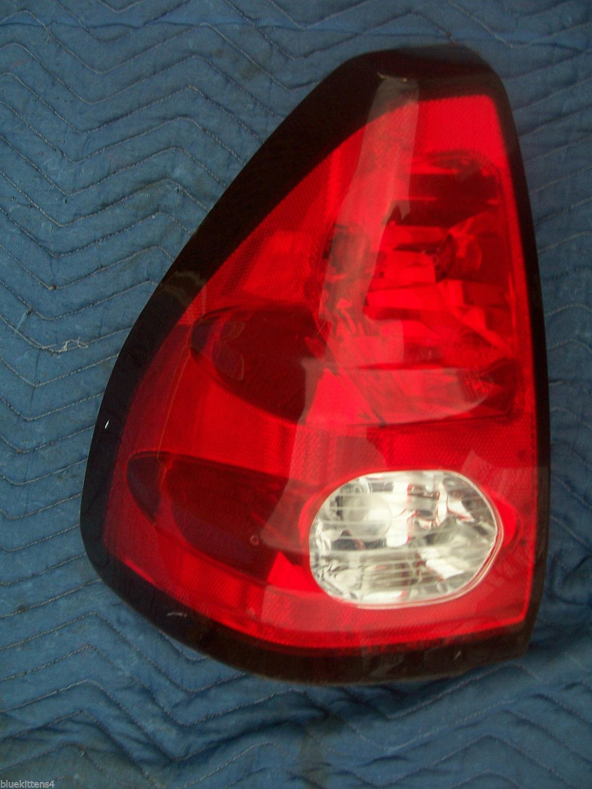 2001 AZTEC LEFT TAILLIGHT OEM USED ORIGINAL PONTIAC GM PART 2002 2003 2004 2005