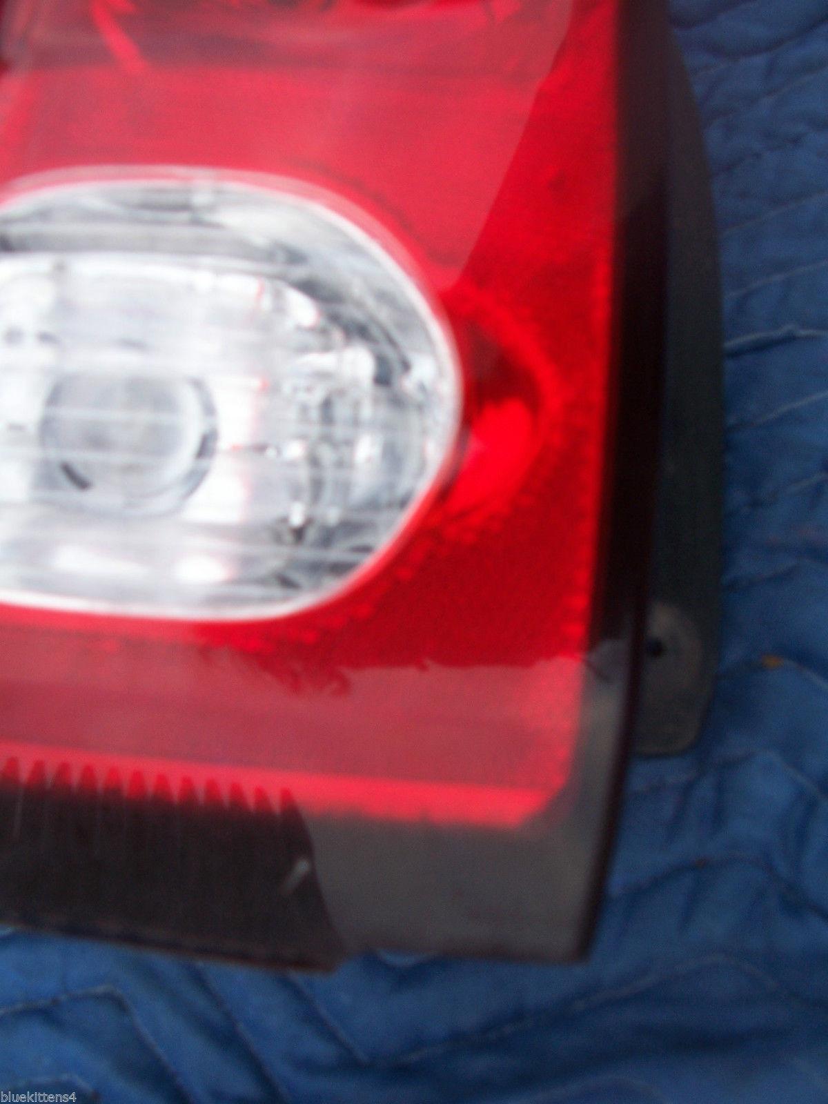2001 AZTEC LEFT TAILLIGHT OEM USED ORIGINAL PONTIAC GM PART 2002 2003 2004 2005 image 5