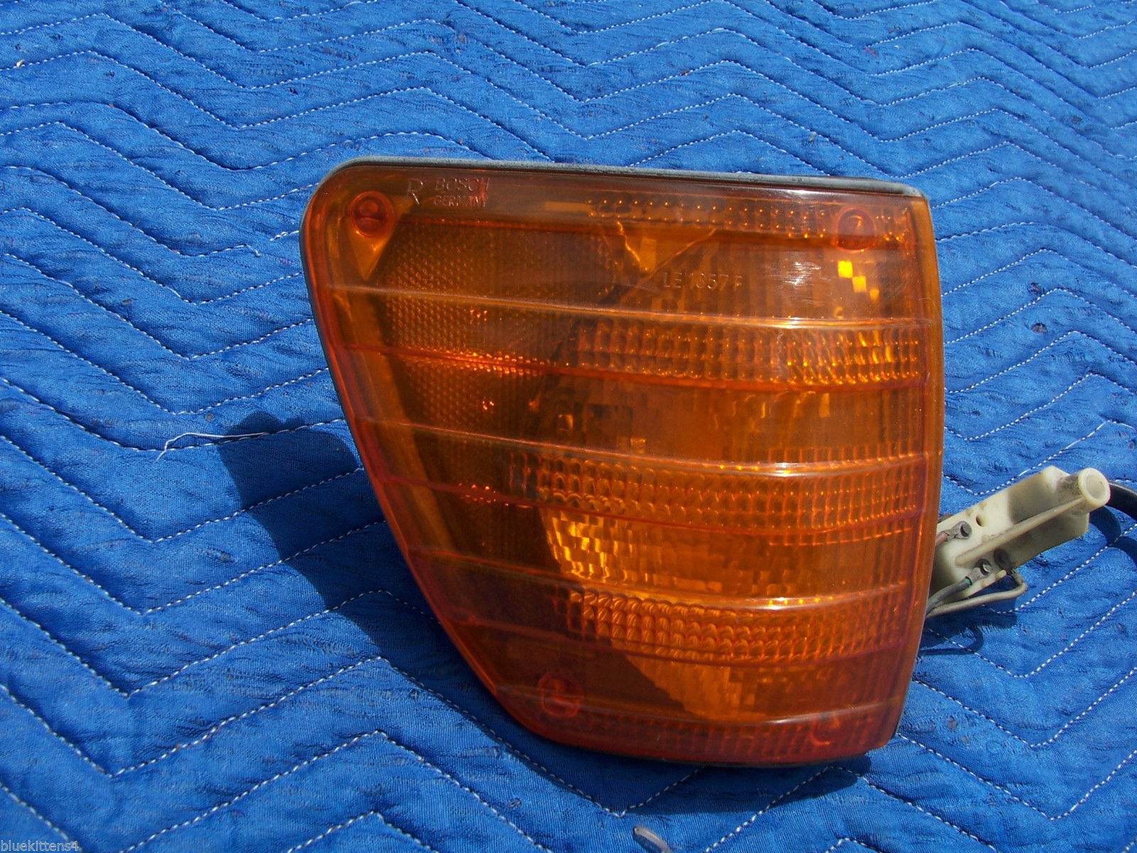 1976 MERCEDES 450 SE SEL RIGHT MARKER LIGHT CORNER TURN OEM USED ORIG 1305233006