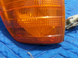 1976 MERCEDES 450 SE SEL RIGHT MARKER LIGHT CORNER TURN OEM USED ORIG 1305233006 image 5