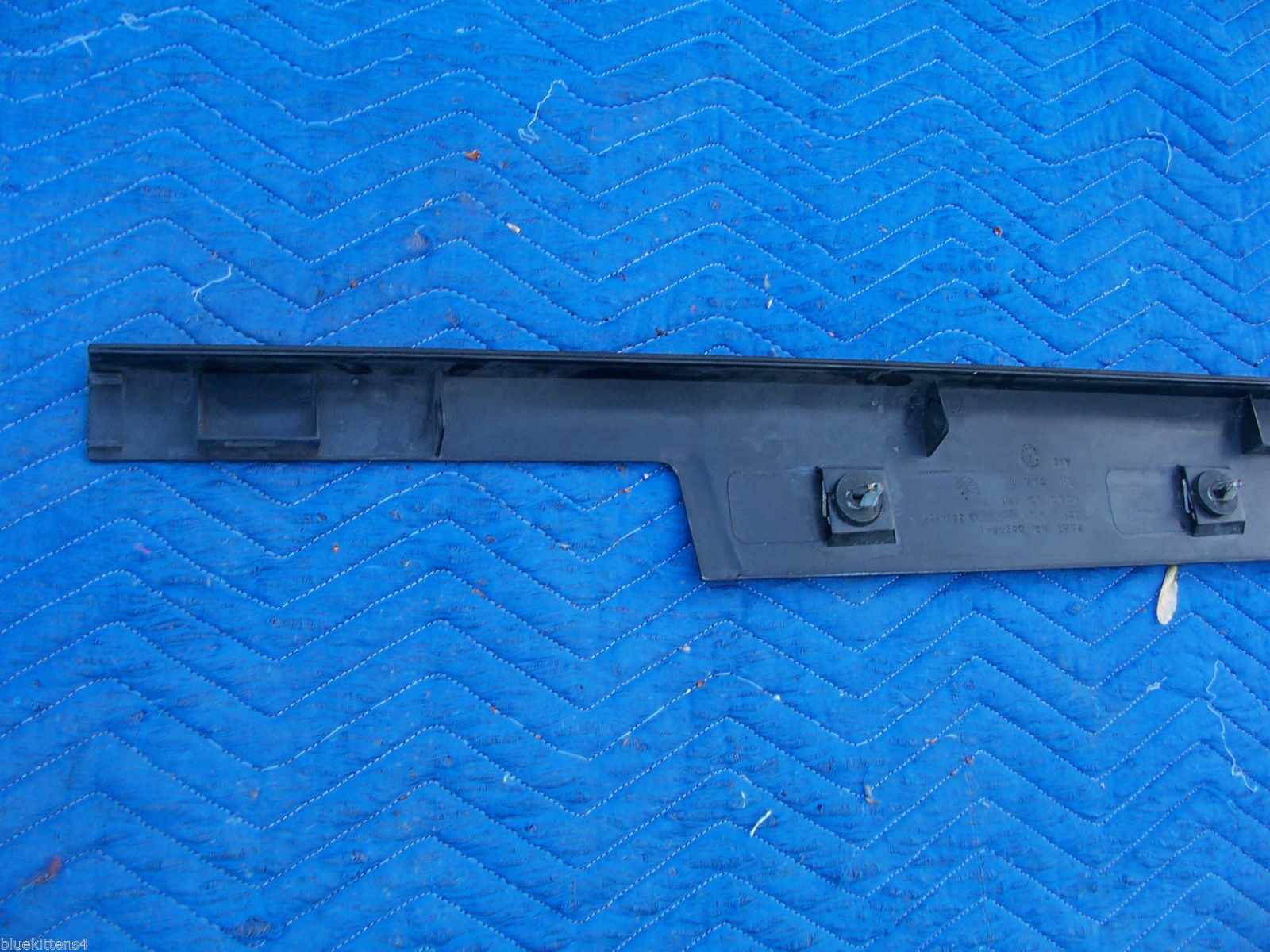 1993 STS SEVILLE RIGHT FRONT THRESHOLD STEP TRIM PANEL OEM USED CADILLAC GM image 7