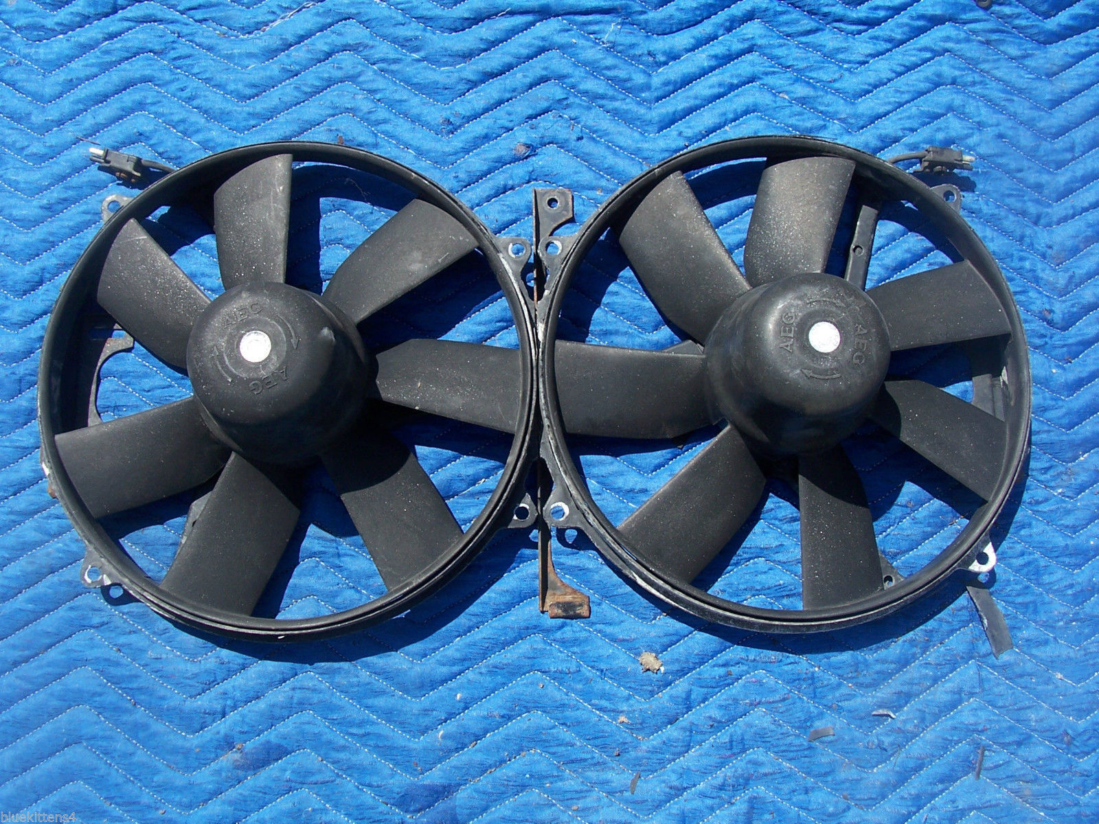1993 400 SEL CONDENSER RADIATOR COOLING FAN MOTOR OEM USED ORIG MERCEDES BENZ