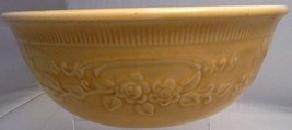 Homer Laughlin Oven Serve Casserole with Raised Roses  image 1