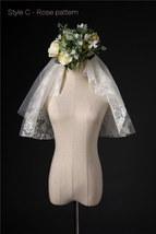 Ivory Shoulder Length Wedding Bridal Veils Layer Floral Lace Tulle Bridal Veils  image 14