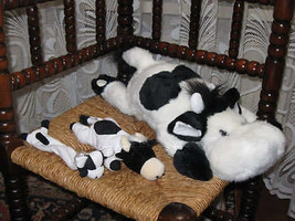 Various Dutch lot of 3 Cows Plush 2 laying + 1 Watch - $46.44