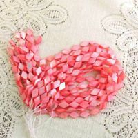 Peach Mother of Pearl Shell Beads Diamond Shaped Flat 15mm 1 strand 25  image 3