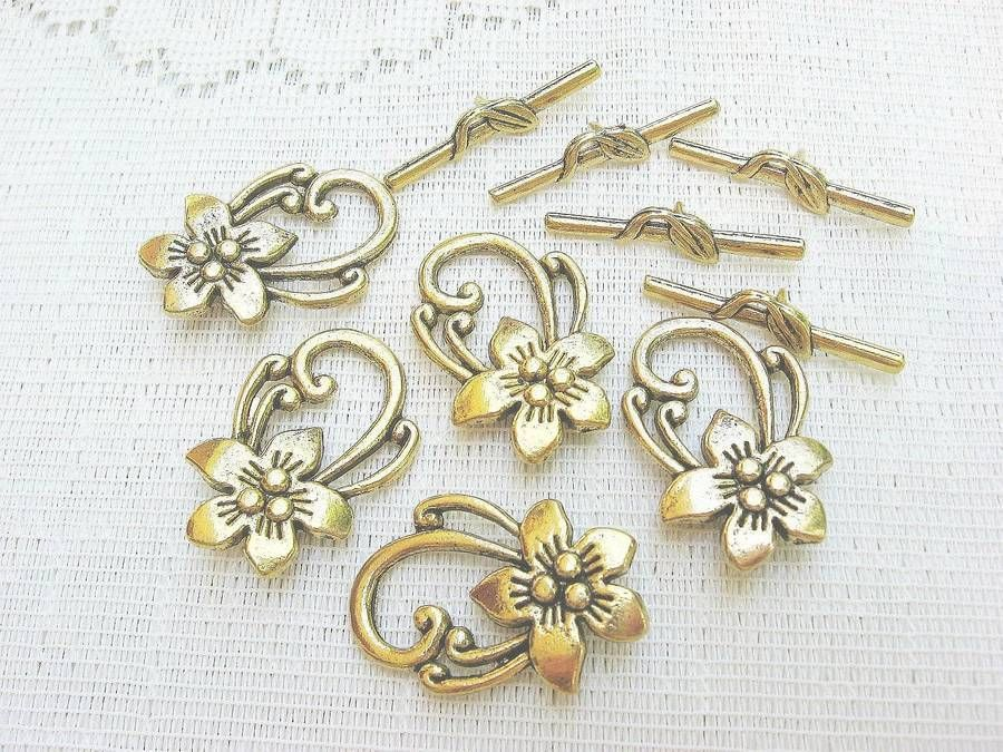Gold Plated Pewter Flower Toggle Clasp, 30mm, 3 Toggle Sets