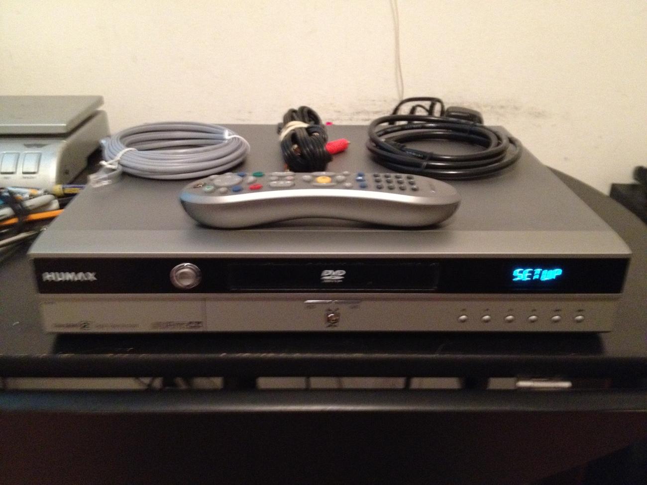 GadgetMadness Review: Humax T800 80-hour Digital Video Recorder ...