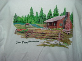 Great Smoky Mountains T-Shirt Size Large - $14.00