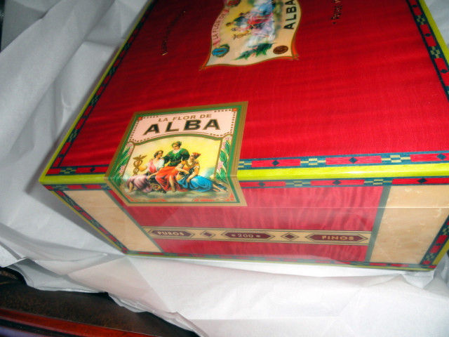 Elie Bleu  Alba Red Sycamore Humidor 200 ct image 5