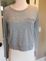 Esley Crop Top Light Gray Long Sleeve Womens M lightweight stretchy Solid - $9.99