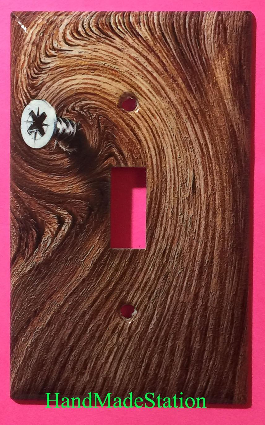 Screw wood singtal toggle