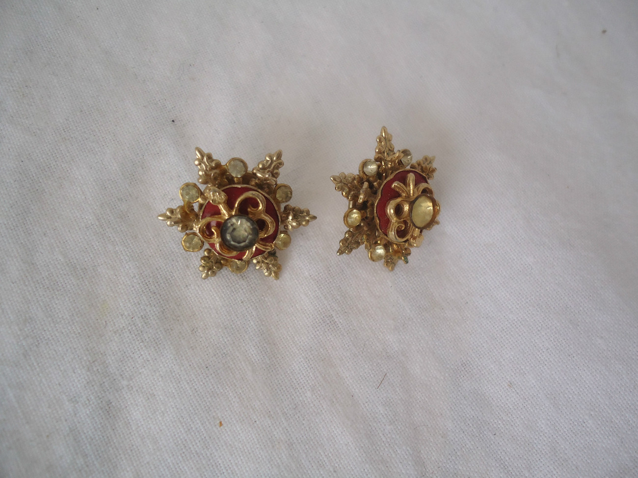 Primary image for 2 Vintage Pins Lapels Pat No  2308412