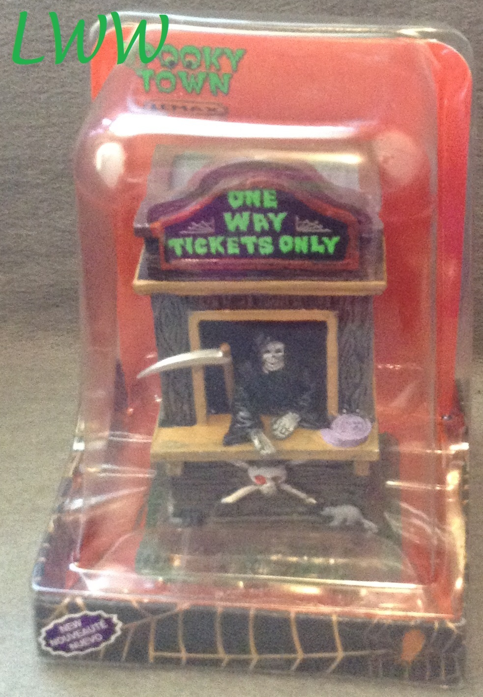 Lemax Spooky Town Ticket Booth Kiosk Grim Reaper Table Accent in Package