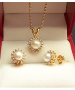 Freshwater Pearl Necklace & Earring Set - $45.00