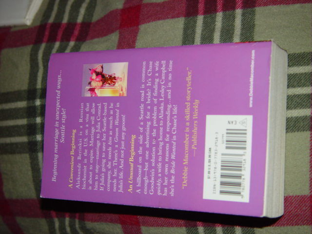 Debbie Macomber An Engagement In Seattle Paperback 2011 image 2