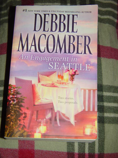 Debbie Macomber An Engagement In Seattle Paperback 2011