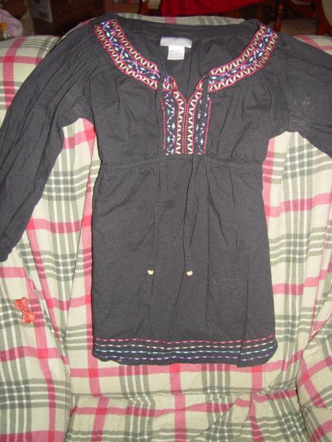 oh! Mamma Size L  Black Embroidered Around Neck & Bottom