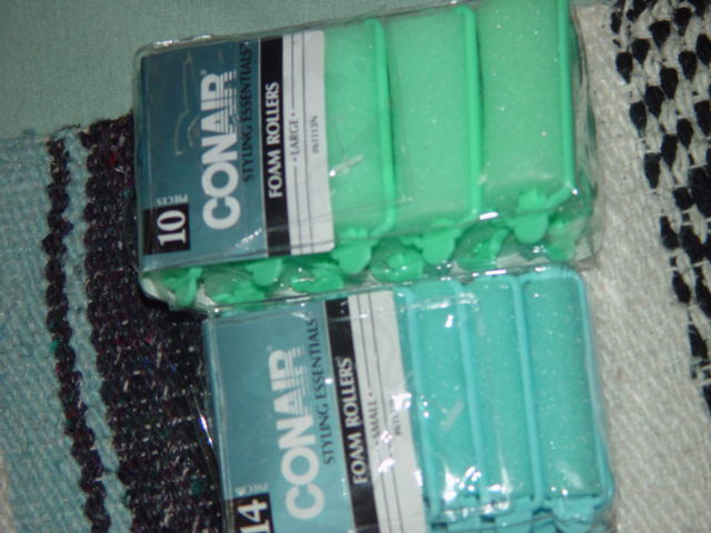 Conair 10 Styling Essentiala Foam Rollers Large & Conair 14 Small Foam Rollers image 4