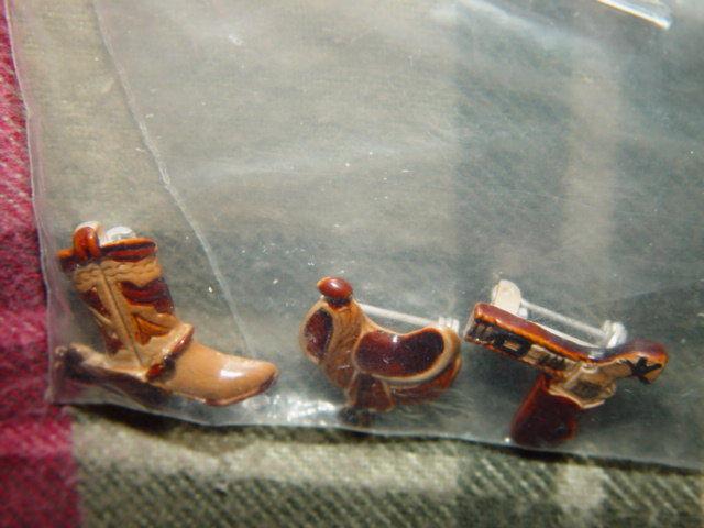 Set of 3 Cowboys Pins Boot, GunBelt, And Saddle
