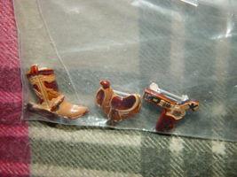 Set of 3 Cowboys Pins Boot, GunBelt, And Saddle image 5