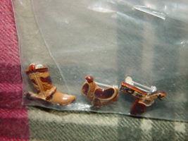 Set of 3 Cowboys Pins Boot, GunBelt, And Saddle image 9