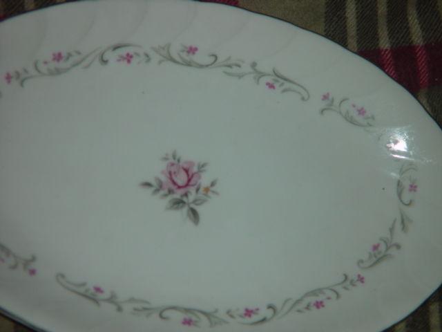 Royal Swirl  Fine China Japan Oval Serving Dish / Plate Vintage image 8