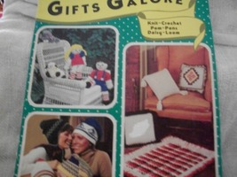 Gifts Galore Knit-Crochet Pom-Pons Daisy-Loom - $5.00