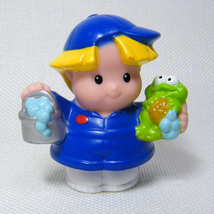 Fisher Price Little People EDDIE Car Wash Figure with Bucket & Suds, Frog - $3.50
