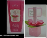 Hallmark floral card holder web collage 2018 02 16 thumb155 crop