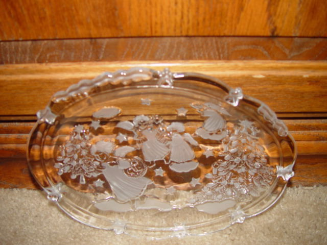 Clear Angles Plate W/ Christmas Tree And Stars image 8