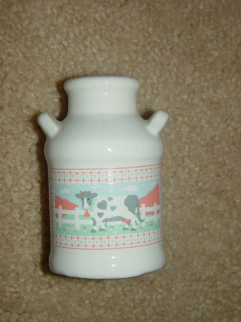 One Old White Cow Salt Shaker