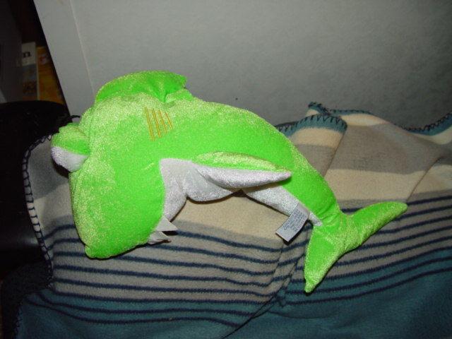 Plus Green Shark image 4