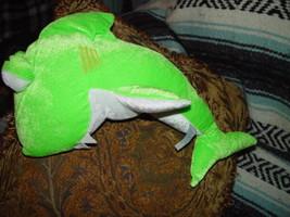 Plus Green Shark image 3